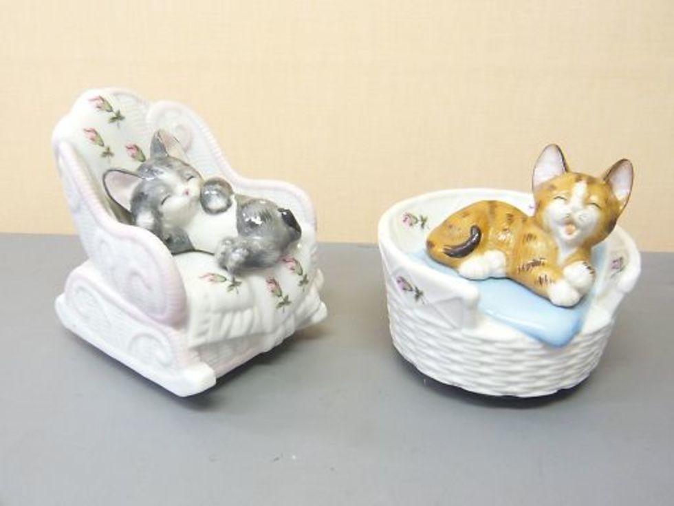 加籐工芸 陶器製 猫 オルゴールのサムネイル
