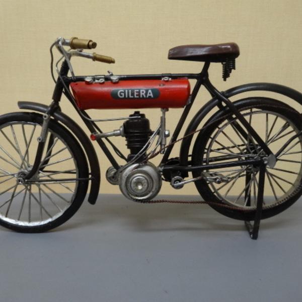 アメリカ雑貨 アンティーク調 ブリキのバイク GILERA ¥6380