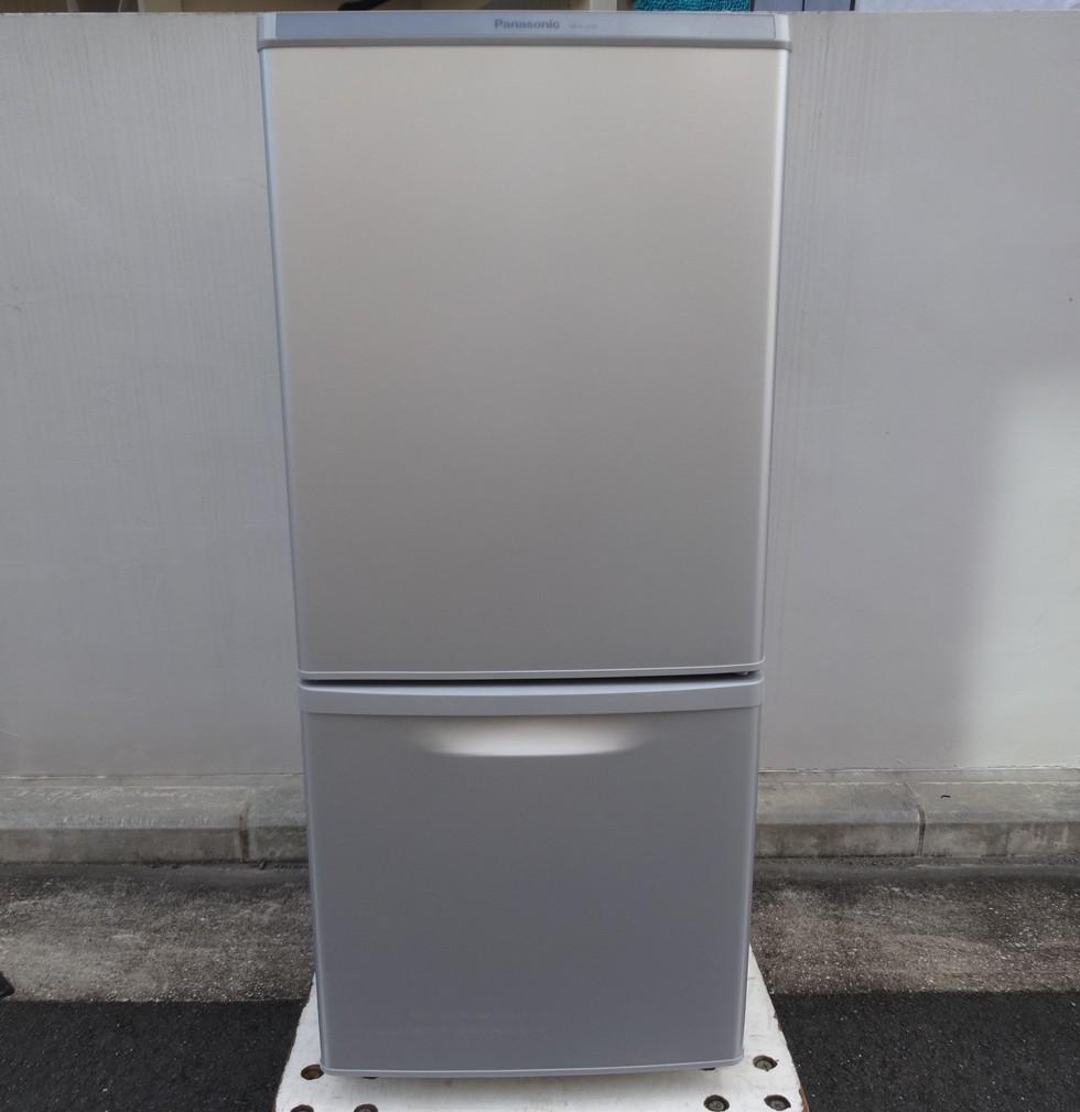 パナソニック 冷蔵庫 NR-B14AW-S 138L 2017年製 税込み10780円のサムネイル
