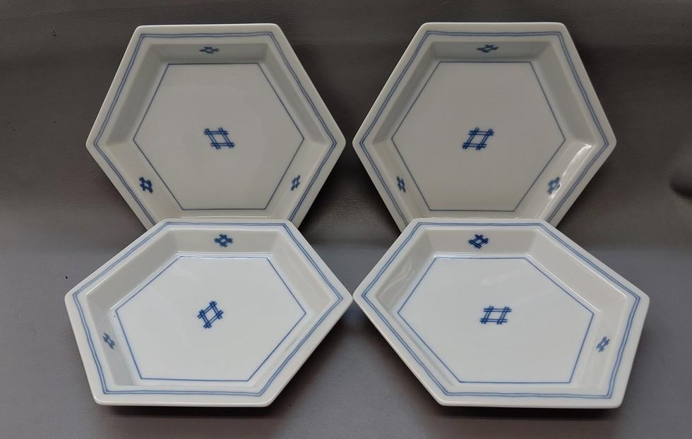 たち吉 六角皿 4枚 1000円(税込1100円)のサムネイル